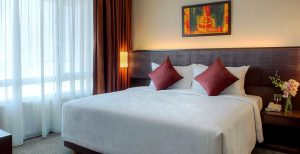 furama_hotel_bukit_bintang_superior_room